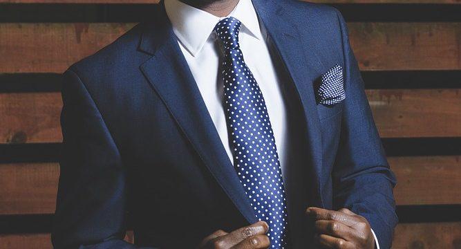 आपको अपने 20s में स्टॉक मार्केट में निवेश क्यों करना चाहिए